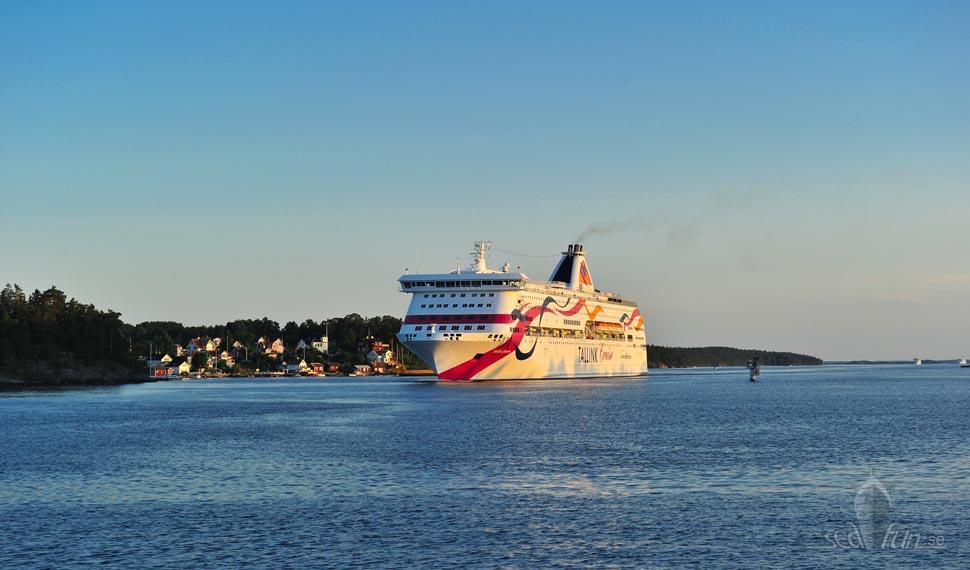 Sommarkväll till havs; med Baltic Queen mot Tallinn