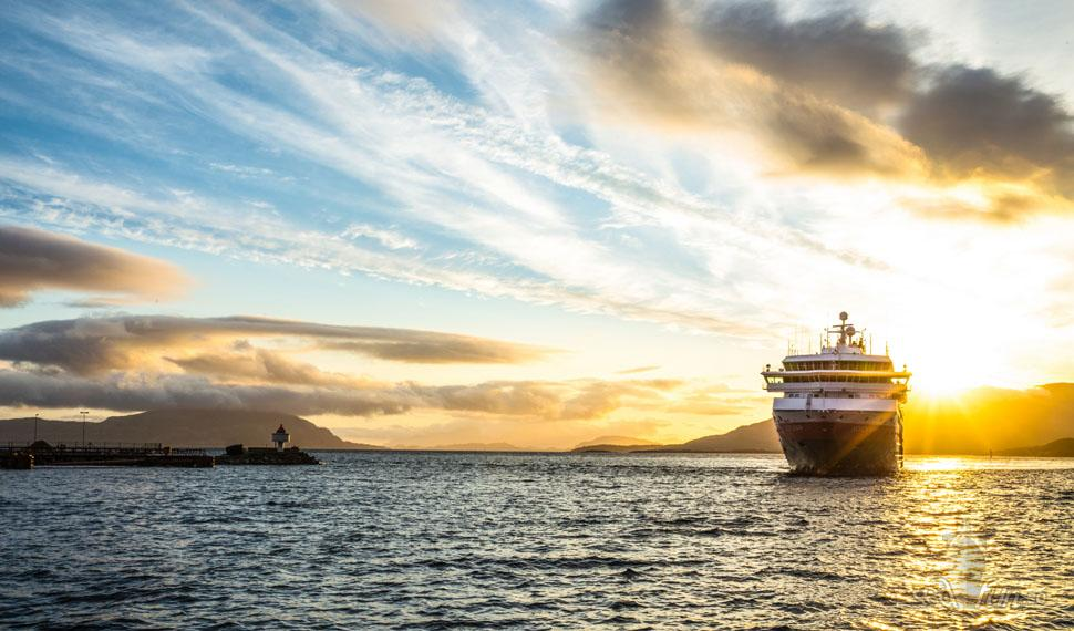 Hurtigrutens fartyg totalrenoveras