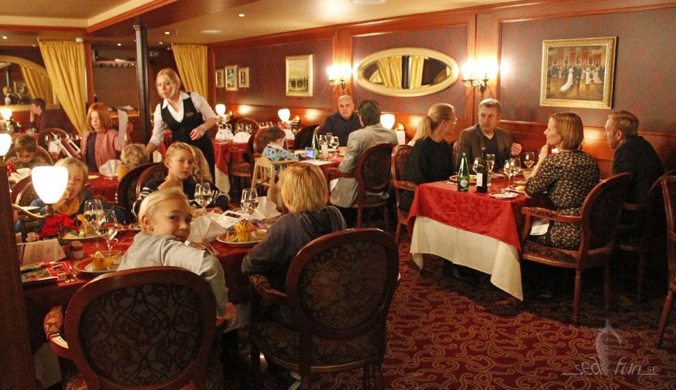 Rysk middag och ett oupptäckt lekrum!